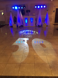 Floor Monogram with White set-up
